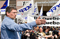 Journal de Quebec newspaper locked out workers spokesperson Denis Bolduc speaks to the crowd during a protest for the one-year mark of the lockout at the Quebecor owned paper in Quebec city April 20, 2007.
