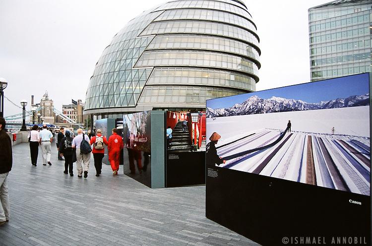 LONDON BRIDGE EXHIBITION