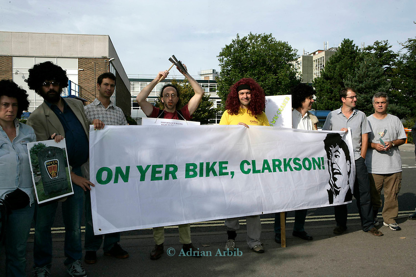 A protest against TV presenter Jeremy Clarskon being given an honorary degree at Brookes University,Oxford. <br /> <br /> Clarkson was  pied later in the day