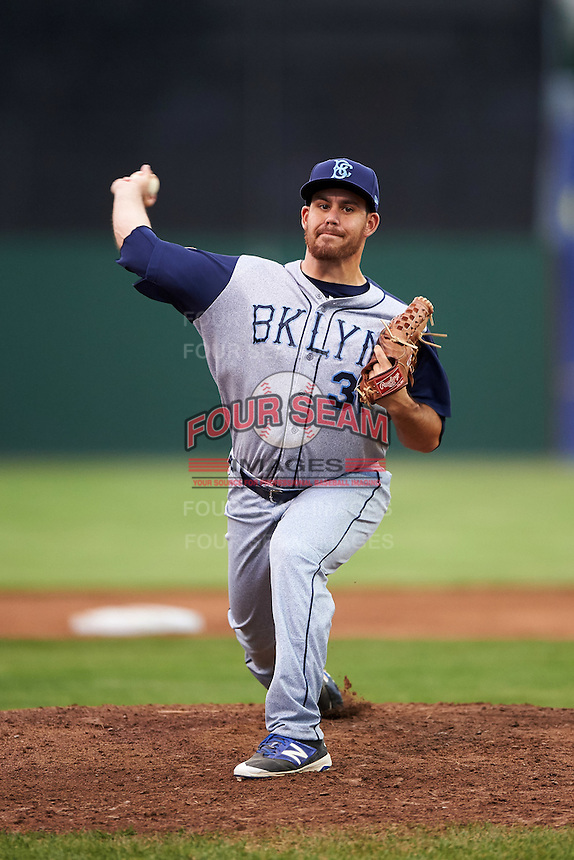 Brooklyn Cyclones relief pitcher Raul Jacobson (31) during a game against the Batavia Muckdogs on July 6, 2016 at Dwyer Stadium in Batavia, New York.  Batavia defeated Brooklyn 15-2.  (Mike Janes/Four Seam Images)