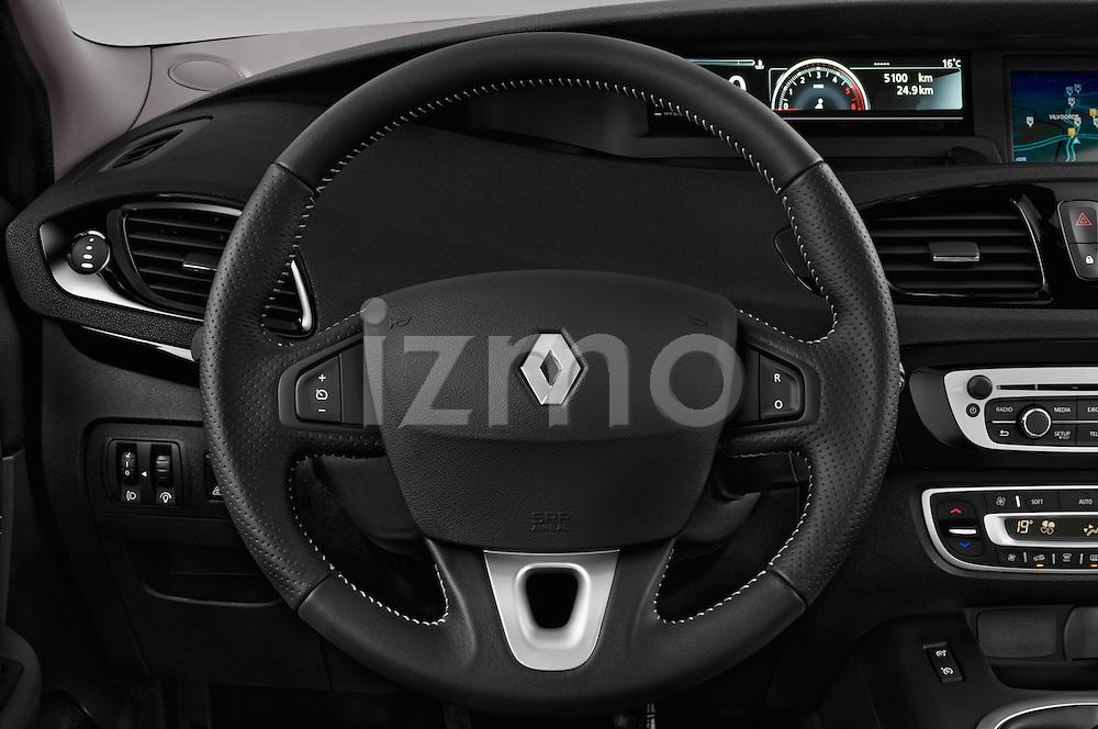2014 Renault Grand Scenic Bose Edition Mini MPV