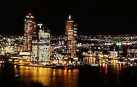 Rotterdam- Uitzicht vanaf de Euromast. Wilhelminapier