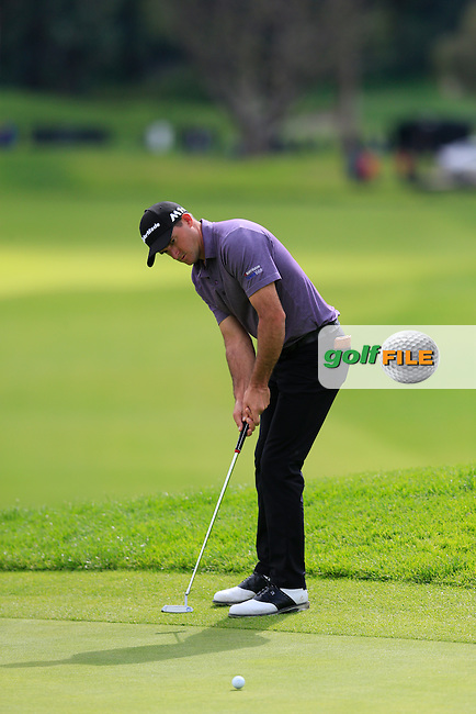 Sam Saunders (USA) putts on the 9th green during Saturday's rain delayed Round 2 of the 2017 Genesis Open held at The Riviera Country Club, Los Angeles, California, USA. 18th February 2017.<br /> Picture: Eoin Clarke | Golffile<br /> <br /> <br /> All photos usage must carry mandatory copyright credit (&copy; Golffile | Eoin Clarke)