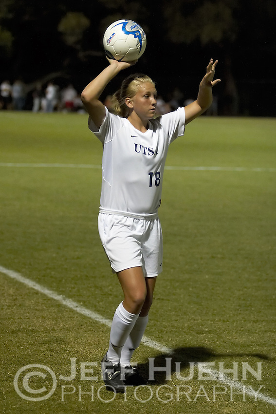 SAN ANTONIO, TX - SEPTEMBER 27, 2006: The Texas State University Bobcats vs. The University of Texas at San Antonio Roadrunners Women's Soccer at the UTSA Soccer Field. (Photo by Jeff Huehn)