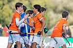 BLOEMENDAAL  -  Casper van der Veen (Bldaal) scoort , competitiewedstrijd junioren  landelijk  Bloemendaal JB1-Kampong JB1 (4-3) . COPYRIGHT KOEN SUYK
