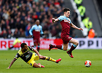 29th February 2020; London Stadium, London, England; English Premier League Football, West Ham United versus Southampton; Declan Rice of West Ham United runs past Ryan Bertrand of Southampton