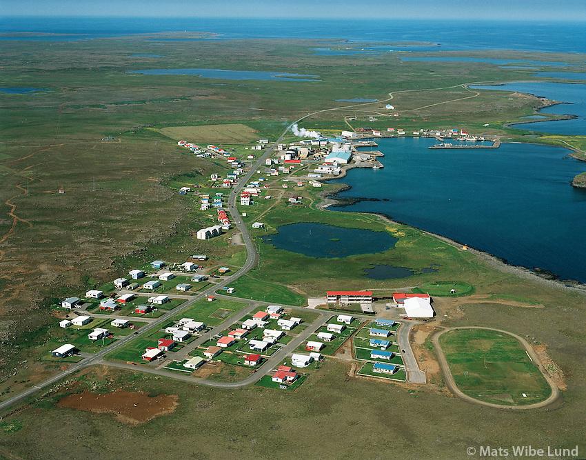 Raufarhöfn séð til norðurs / Raufarhofn viewing north.  .Norðurþing / Nordurthing