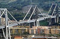 - Genoa, highway bridge over the Polcevera stream....-  Genova, viadotto autostradale sul torrente Polcevera
