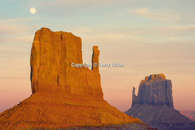 Moonrise over the Mitten Buttes<br />