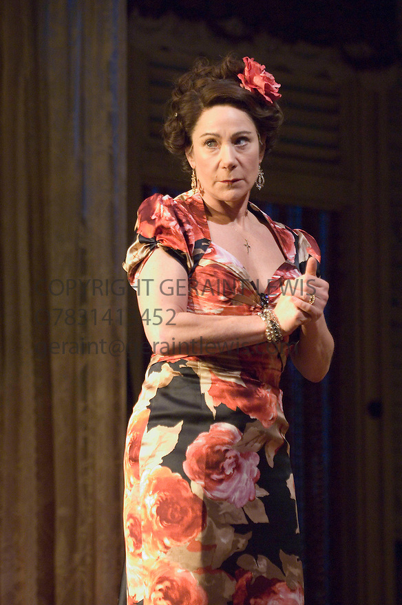 The Rose Tattoo by Tennessee Williams . Directed by Steven Pimlott and Nicholas Hytner. With Zoe Wanamaker as Serafina delle Rose . Opens at the Olivier Theatre  on 29/3/07.   CREDIT Geraint Lewis