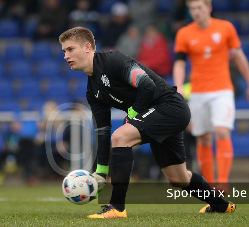 20160324 - Buderich , GERMANY : Dutch Mike Van De Meulenhof pictured during the soccer match between the under 17 teams of The Netherlands and Bulgaria , on the first matchday in group 4 of the UEFA Under17 Elite rounds in Buderich , Germany. Thursday 24th March 2016 . PHOTO DAVID CATRY