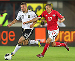 03.06.2011, Ernst Happel Stadion, Wien, AUT, UEFA EURO 2012, Qualifikation, Oesterreich (AUT) vs Deutschland (GER), im Bild Zweikampf zwischen Lukas Podolski, (GER, #10) und Florian Klein, (AUT, #17)  // during the UEFA Euro 2012 Qualifier Game, Austria vs Germany, at Ernst Happel Stadium, Vienna, 2010-06-03, EXPA Pictures © 2011, PhotoCredit: EXPA/ T. Haumer