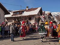 beim Umzug Nassereither Schellerlauf, Fasnacht in Nassereith, Bezirk Imst, Tirol, Österreich, Europa, immaterielles UNESCO Weltkulturerbe<br /> parade of  Nassereither Schellerlauf-Fasnacht, Nassereith, Tyrol, Austria Europe, Intangible World Heritage
