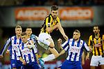 Nederland , Arnhem , 29 maart 2014<br /> Eredivisie<br /> seizoen 2013-2014<br /> Vitesse - Heerenveen<br /> Davy Propper van Vitesse probeert een bal in te tikken vanuit een Vitesse corner