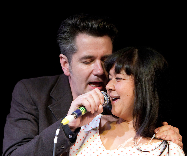 Quincy McLean and Linda Bull performing at the Winterlong Benefit Concert for the Sophia Mundie Steiner School, held at the Thornbury Theatre, 30 August 2009.