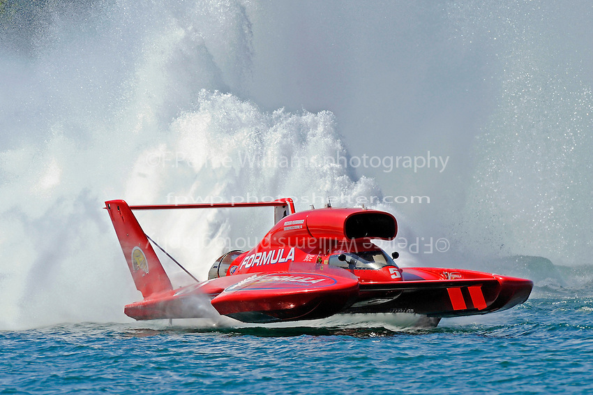 "Jeff Bernard, U-5 ""Formulaboats.com""..10-12 July, 2009, 100th Gold Cup, Detroit River, Detroit, MI USA..©2009 F.Peirce Williams, USA."