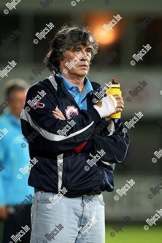 2009-08-26 / Voetbal / seizoen 2009-2010 / SK Lierse - Antwerp FC / Ratko Svilar was weer van de party..Foto: Maarten Straetemans (SMB)