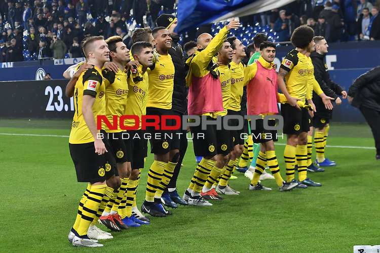 08.12.2018, Veltins-Arena, Gelsenkirchen, GER, 1. FBL, FC Schalke 04 vs. Borussia Dortmund, DFL regulations prohibit any use of photographs as image sequences and/or quasi-video<br /> <br /> im Bild Schlussjubel / Schlu&szlig;jubel / Emotion / Freude / der Mannschaft von Dortmund vor der Fankurve / Fans / Fanblock / <br /> <br /> Foto &copy; nordphoto/Mauelshagen