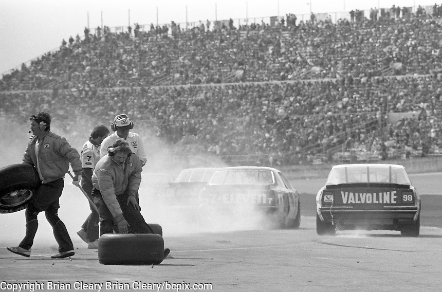 Daytona 500, Daytona International Speedway, Daytona Beach, FL, February 16, 1986.  (Photo by Brian Cleary/www.bcpix.com)