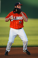 February 26, 2010:  Third Baseman Brandon Hohl (3) of the Illinois Fighting Illini during the Big East/Big 10 Challenge at Jack Russell Stadium in Clearwater, FL.  Photo By Mike Janes/Four Seam Images