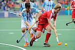 The Hague, Netherlands, June 15: Ashley Jackson #7 of England dribbles the ball during the field hockey bronze match (Men) between Argentina and England on June 15, 2014 during the World Cup 2014 at Kyocera Stadium in The Hague, Netherlands. Final score 2-0 (0-0)  (Photo by Dirk Markgraf / www.265-images.com) *** Local caption *** Matias Rey #22 of Argentina, Ashley Jackson #7 of England
