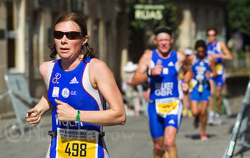 26 JUN 2011 - PONTEVEDRA, ESP - Emma Wolff (GBR) - European Age Group Olympic Distance Triathlon Championships .(PHOTO (C) NIGEL FARROW)
