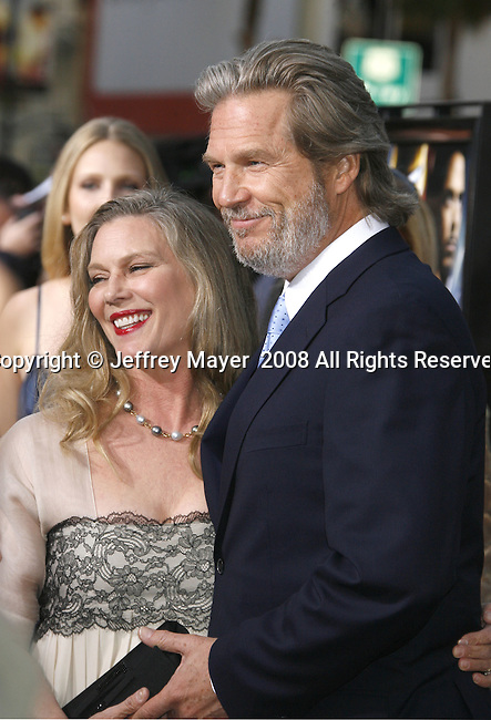 "Actor Jeff Bridges and wife Susan Bridges arrive to the ""Iron Man"" premiere at Grauman's Chinese Theatre on April 30, 2008 in Hollywood, California."