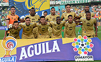 MEDELLÍN-COLOMBIA, 13-10-2019: Jugadores de Rionegro Águilas Doradas, posan para una foto, antes partido de la fecha 17 entre Atlético Nacional y Rionegro Águilas Doradas, por la Liga Águila II 20117, jugado en el estadio Atanasio Girardot de la ciudad de Medellín. / Players of Rionegro Águilas Doradas pose for a photo, prior a match of the 17th date between Atletico Nacional and Rionegro Aguilas Doradas, for the Aguila Leguaje II 20117 played at the Atanasio Girardot Stadium in Medellin city. / Photo: VizzorImage / León Monsalve / Cont.