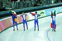 SPEEDSKATING: TORINO: ITALIA: febr. 2006, Olympic Games, Enrico Fabris, winners teampursuit team Italia, ©photo Martin de Jong