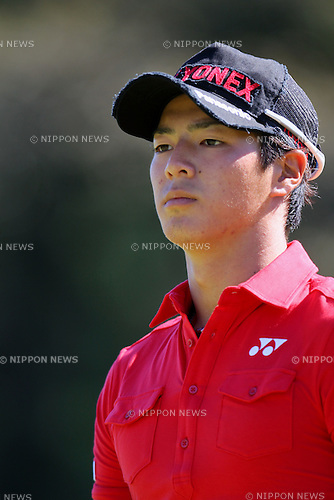 Ryo Ishikawa, OCTOBER 6, 2011 - Golf : Ryo Ishikawa go to the 11th teeing ground on the 10th hole during the Canon Open Golf Tournament 1st Round at Totsuka Country Club, Kanagawa, Japan. (Photo by Yusuke Nakanishi/AFLO SPORT) [1090]