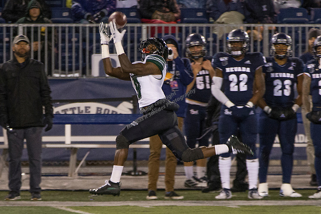 Hawaii wide receiver JoJo Ward (9) make the catch against Nevada in the first half of an NCAA college football game in Reno, Nev. Saturday, Sept. 28, 2019. (AP Photo/Tom R. Smedes)