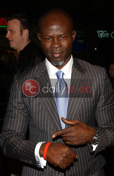 Djimon Hounsou<br />at the premiere of &quot;Blood Diamond&quot;. Grauman's Chinese Theatre, Hollywood, CA. 12-06-06<br />Dave Edwards/DailyCeleb.com 818-249-4998