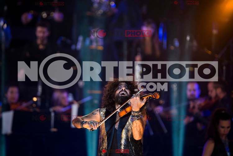 Spanish violinist Ara Malikian during the last symphonic concert of the tour at Plaza de Toros Las Ventas in Madrid. September 15, 2016. (ALTERPHOTOS/Borja B.Hojas) /NORTEPHOTO