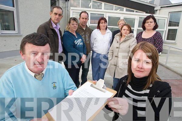 Parents of Causeway Secondary school have started a petition to close Head shops in the area in foreground are Tim Leahy and Catherine Walsh, in back from left are, Ned Gilbert, Yvonne Guerin, Tony Hussey, Evonne Diggins, Bernie O'Halloran, Paula Mulvhill and Kathleen Guerin.