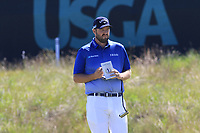 Marc Leishman (AUS) on the 16th green during Thursday's Round 1 of the 118th U.S. Open Championship 2018, held at Shinnecock Hills Club, Southampton, New Jersey, USA. 14th June 2018.<br /> Picture: Eoin Clarke | Golffile<br /> <br /> <br /> All photos usage must carry mandatory copyright credit (&copy; Golffile | Eoin Clarke)