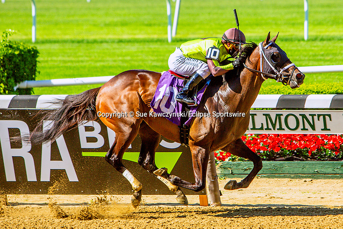 JUNE 03, 2020 : Inside Information with Javier Castellano up, wins race 7 on Opening Day at Belmont Park, Elmont, NY.  Sue Kawczynski/Eclipse Sportswire/CSM