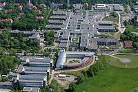 Zentralklinikum: EUROPA, DEUTSCHLAND, SCHLESWIG- HOLSTEIN, LUEBECK, (GERMANY), 15.05.2008: Campus Luebeck, Universitaet, Medizin, Zentralklinikum, Gebaeude der Informationstechnik, Universitaet zu Luebeck, Universitaetsklinikum Schleswig-Holstein, ..,Luftbild, Luftaufnahme, Luftansicht.c o p y r i g h t : A U F W I N D - L U F T B I L D E R . de.G e r t r u d - B a e u m e r - S t i e g 1 0 2, 2 1 0 3 5 H a m b u r g , G e r m a n y P h o n e + 4 9 (0) 1 7 1 - 6 8 6 6 0 6 9 E m a i l H w e i 1 @ a o l . c o m w w w . a u f w i n d - l u f t b i l d e r . d e.K o n t o : P o s t b a n k H a m b u r g .B l z : 2 0 0 1 0 0 2 0  K o n t o : 5 8 3 6 5 7 2 0 9.C o p y r i g h t n u r f u e r j o u r n a l i s t i s c h Z w e c k e, keine P e r s o e n l i c h ke i t s r e c h t e v o r h a n d e n, V e r o e f f e n t l i c h u n g n u r m i t H o n o r a r n a c h M F M, N a m e n s n e n n u n g u n d B e l e g e x e m p l a r !.