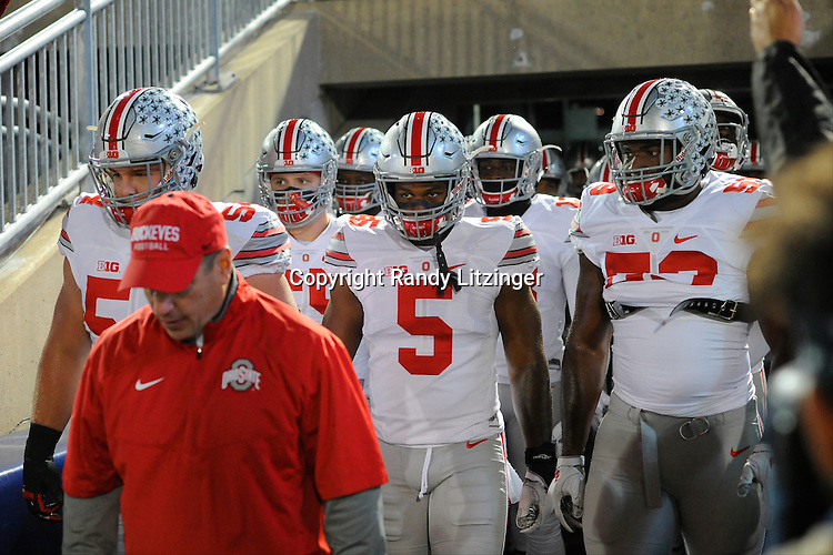 22 October 2016:  Ohio State G Billy Price (54), LB Raekwon McMillan (5), and Isaiah Prince (59) look intense before running onto the field. The Penn State Nittany Lions upset the #2 ranked Ohio State Buckeyes 24-21 at Beaver Stadium in State College, PA. (Photo by Randy Litzinger/Icon Sportswire)