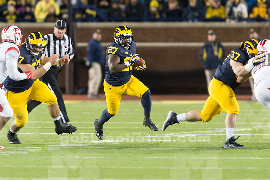 The University of Michigan football team beats Rutgers, 49-16, at Michigan Stadium in Ann Arbor on Nov. 7, 2015.