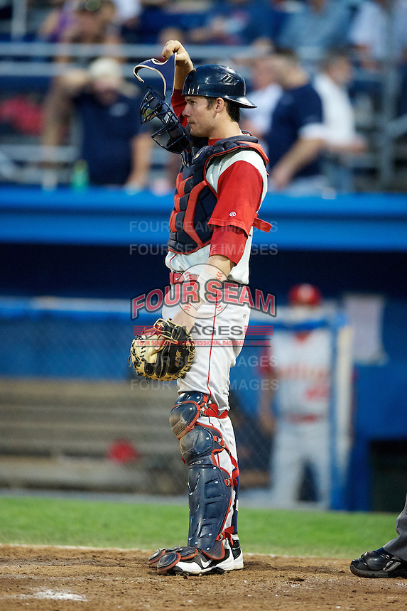 Brooklyn Cyclones catcher Jeffrey Glenn #4 during a game against the Batavia Muckdogs at Dwyer Stadium on July 27, 2012 in Batavia, New York.  Batavia defeated Brooklyn 2-0.  (Mike Janes/Four Seam Images)