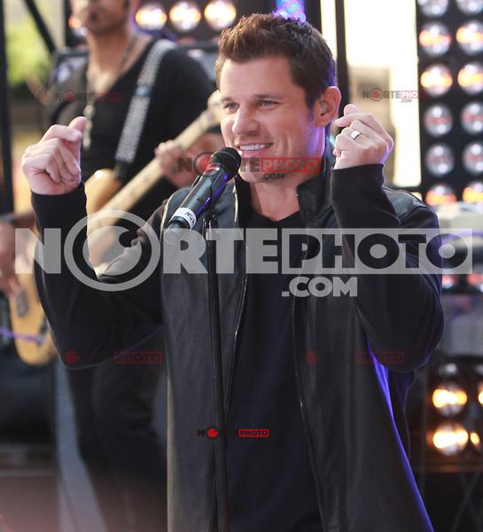 August 17, 2012 Nick Lachey 98 Degrees perform on the NBC's Today Show Toyota Concert Serie at Rockefeller Center in New York City.Credit:© RW/MediaPunch Inc. /NortePhoto.com<br /> <br /> **SOLO*VENTA*EN*MEXICO**<br />  **CREDITO*OBLIGATORIO** *No*Venta*A*Terceros*<br /> *No*Sale*So*third* ***No*Se*Permite*Hacer Archivo***No*Sale*So*third*