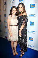 LOS ANGELES - DEC 5: Kellie Martin, Lindsay Price at The Actors Fund's Looking Ahead Awards at the Taglyan Complex on December 5, 2017 in Los Angeles, California