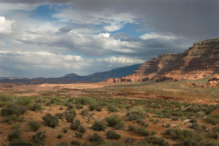 Storm clouds building over southern Hole in the Rock area, Utah.