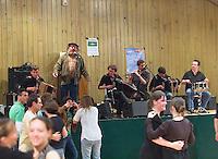 Fest-Noz du Pere Henri dit Riton, organisateur de fest-noz