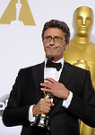 "US-LOS ANGELES-OSCARS-BEST FOREIGN LANGUAGE FILM ---<br /> Poland's director Pawel Pawlikowski poses after winning the Best Foreign Language Film award for ""Ida"" during the 87th Academy Awards at the Dolby Theater. <br /> Los Angeles, USA - 22/02/2015."