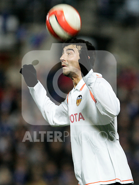 Valencia's Raul Albiol during the Spanish League match between Getafe and Valencia at Alfonso Perez Coliseum in Getafe, January 17 2008.(ALTERPHOTOS/Acero).