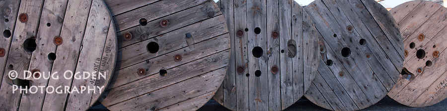 Wooden rwre spools