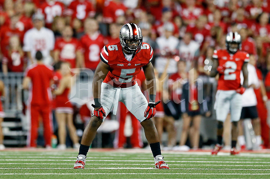 Ohio State Buckeyes linebacker Raekwon McMillan (5) against Virginia Tech Hokies during their NCAA college football game in Ohio Stadium on September 6, 2014.  (Dispatch photo by Kyle Robertson)