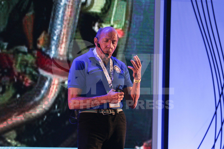 "SAO PAULO, SP - 15.02.2019 - CAMPUS PARTY - O engenheiro da NASA, George Gabrielle, conhecido como ""gabe"" durante a Campus Party nesta sexta-feira (15) no Expo Center Norte na zona norte de Sao Paulo.<br /> <br /> (Foto: Fabricio Bomjardim / Brazil Photo Press / Folhapress)"