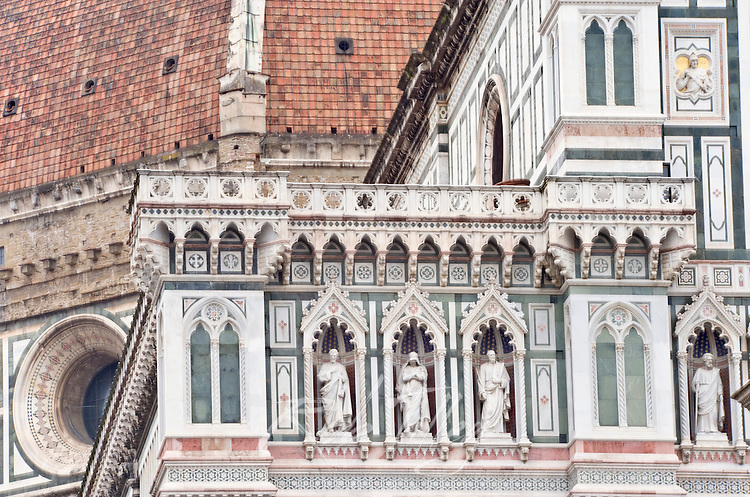 Europe, Italy, Tuscany, Florence, Duomo Detail, Basilica di Santa Maria del Fiore, Florence's main cathedral